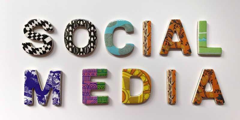 Online communicatiemiddelen social media